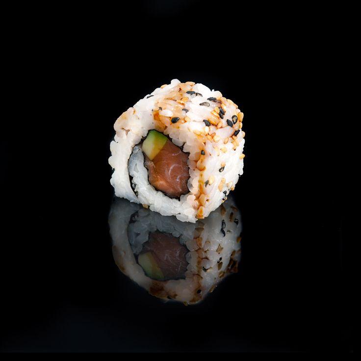 Salmon Teriyaki / salmon, avocado, sesame, fresh onion and teriyaki sauce