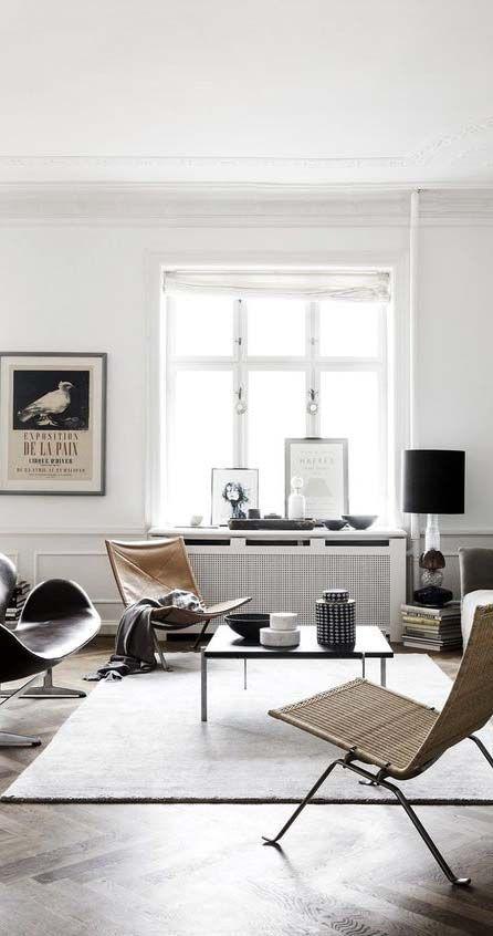 stylish city life // interior // home decor // living room // modern house // urban men // city suites // urban loft // wall art //