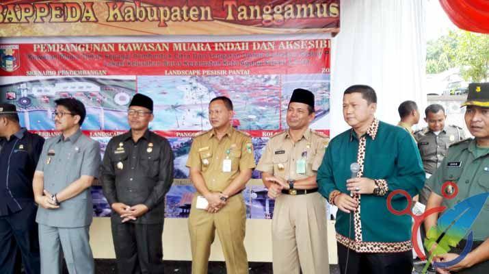 Sinarmerdeka.id, KOTAAGUNG -Pemkab Kabupaten Tanggamus menggelar Musyawarah rencana pembangunan (Musrenbang) tahun 2017, kegiatan yang berlangsung dari 14-16 Maret tersebut dipusatkan di Aula islamic Center Kotaagung.   #berita utama