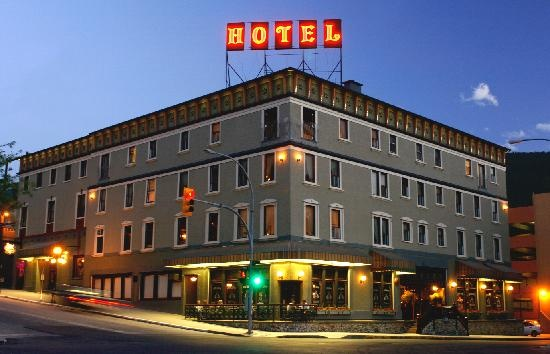 Hume Hotel: Also home to the spirit bar and mikes pub Nelson B.C.