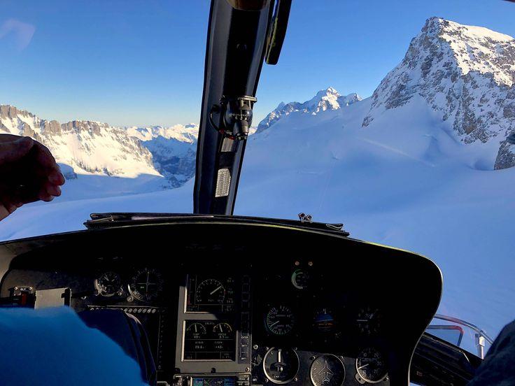 Lauberhorn by Heli! Beautiful views on the mountain before enjoying the Lauberhorn race #helicopter#Lauberhornrace#mountains#winter#epiceurope