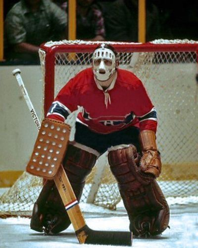 Rogie Vachon with mask...