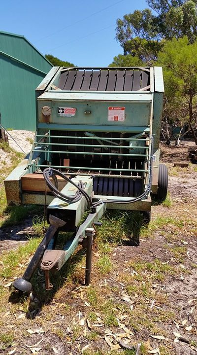 Horwood Bagshaw hay baler for sale. $300. Makes beautiful rolls. Comes with another baler for spare parts and spare belts as well. Phone 0427770445. #rangloo, #bar, #accessories