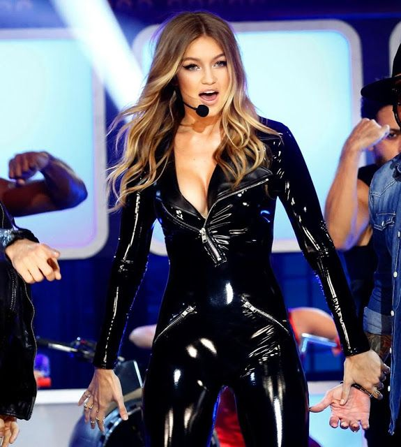 celebrities in leather gigi hadid wears a black leather