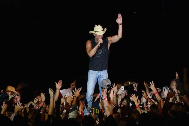 No Shoes Nation Tour 2013 Kenny Chesney, Eric Church, Eli Young Band and Zac Brown Band
