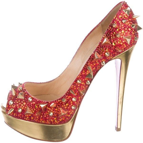 Pre-owned Christian Louboutin Very Mix Strass Spike Pumps ($1,295) ❤ liked on Polyvore featuring shoes, pumps, gold, platform shoes, christian louboutin pumps, gold pumps, red pumps and red shoes