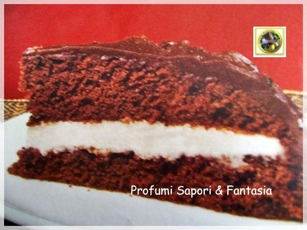 Torta al cioccolato fondente con crema al rum  Blog Profumi Sapori & Fantasia