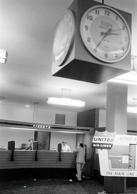Chicago Midway Airport - United Air Lines - Ticket Counter | Flickr - Photo Sharing!