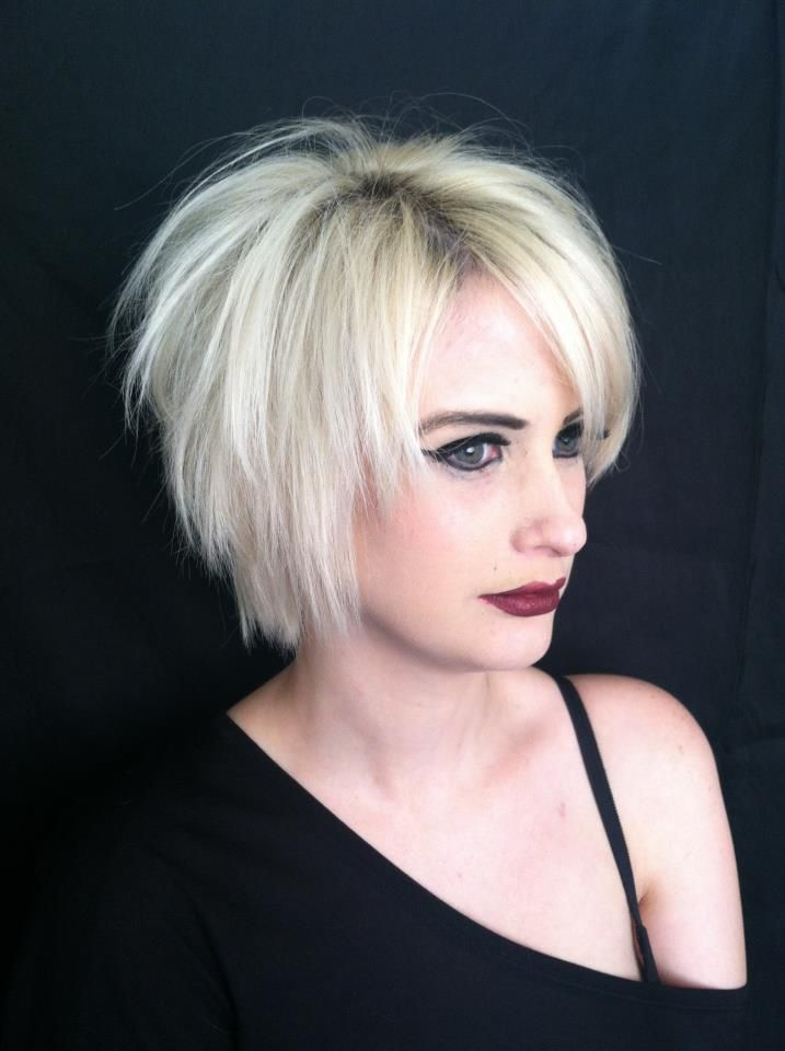 Short razor cut layered hairstyles
