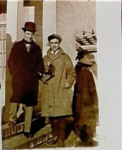 S 90 3 >> Charlie Chaplin, Phil Roy (Rodney Dangerfield's father ...
