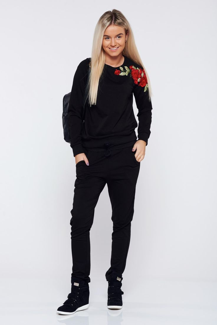 StarShinerS black casual set from 2 pieces with embroidery details, embroidery details, elastic waist, is fastened around the waist with a ribbon, front pockets, elastic cotton