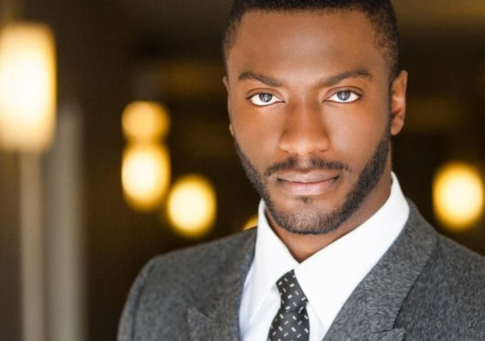 Aldis Hodge... The man can wear a suit!
