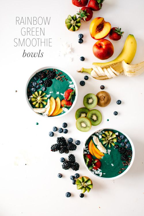 Eat the rainbow with this Green Smoothie Bowl made in the Vitamix!