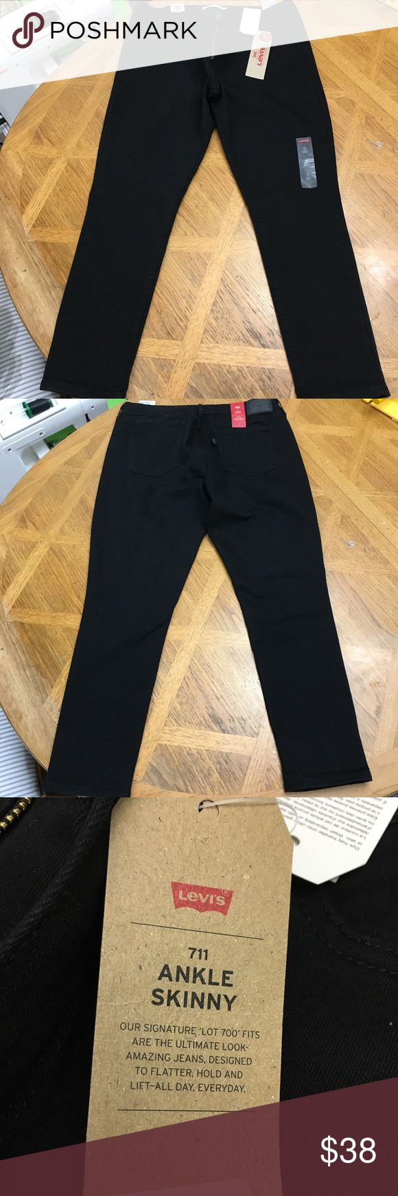 Women's Black Levi's Skinny Jeans 14 Brand new with tags Women's Black 711 Ankle Skinny Jeans in size 14/32. Levi's Jeans