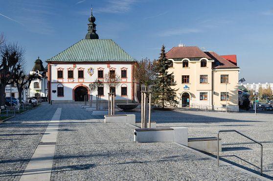 archiweb.cz - Rekonstrukce povrchů náměstí Republiky