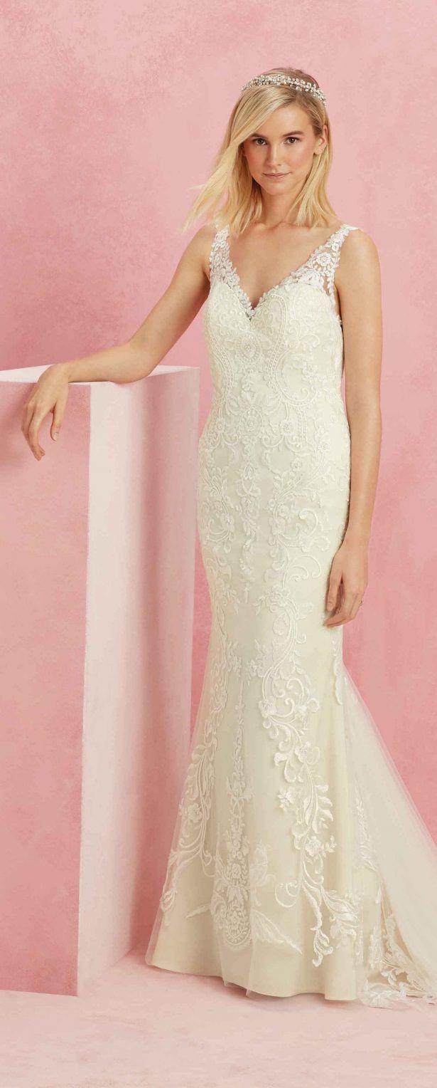 71 best Dresses images on Pinterest   Wedding frocks, Homecoming ...
