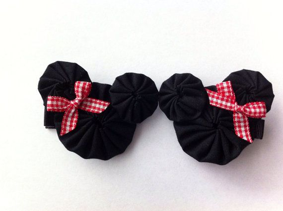 Minnie Mouse yoyo hair clips on Etsy, $5.00