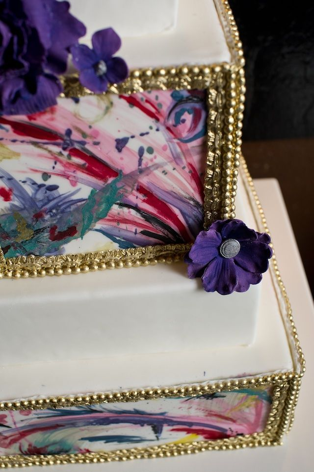 Wedding At Thompson Landry Art Gallery / Toronto, Canada/Artistic Wedding Cakes