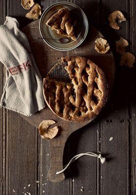 Recept appeltaart DIY | doe het zelf Er gaat niets boven de geur van versgebakken appeltaart… Daarom geven wij je nu een toprecept dat ook nog eens niet al te moeilijk is. www.twoonhuis.nl