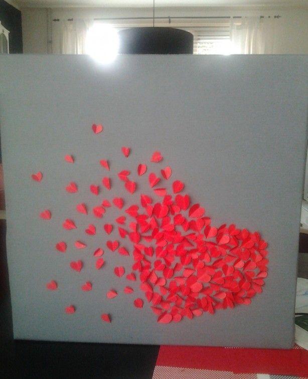 hartjes hart op stof op canvas gemaakt..geïnspireerd hier op welke..erg leuk om te maken! eigen creatie Sarah sist