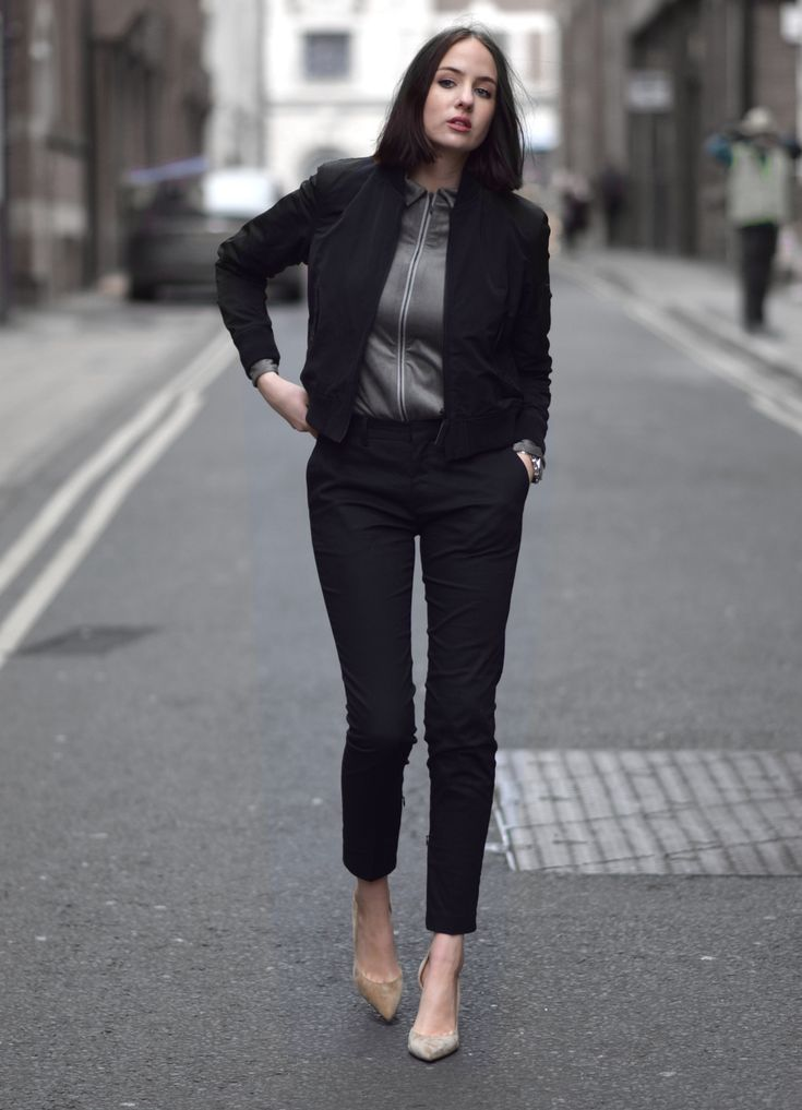 Carine Roitfeld x Uniqlo SS16 — Shot From The Street | black suit + grey silky shirt + nude heels