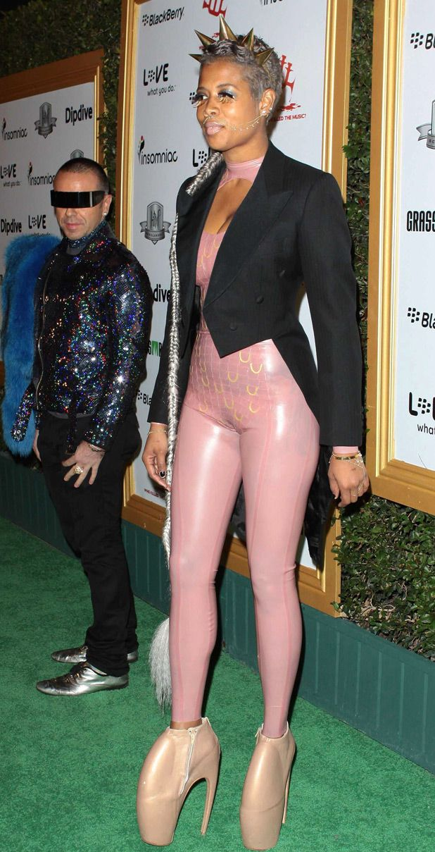 Worst Dressed Celebrities gallery What do you think? Weird, Outrageous, or just plain Ugly?