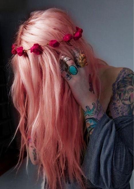 Barvy na vlasy jsou pro některé z nás poměrně podstatnou součástí kosmetiky. Jakmile se jednou rozhodnete pro barevné vlasy, není cesty zpět. (ob