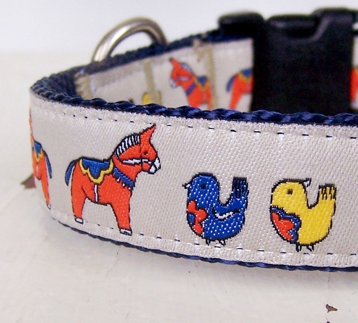 Dala Horses Dog Collar. $16.00, via Etsy.  STACEY!