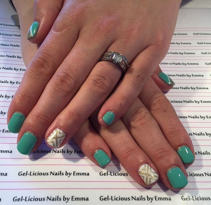 Gelish nails with 'A mint of spring, meet the king and sleek white' (Gel-licious Nails by Emma)