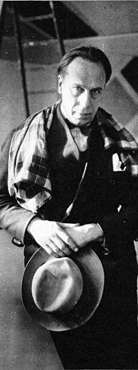 Theo van Doesburg (1883-1931) was een Nederlands kunstenaar. Hij staat bekend als een van de belangrijkste vertegenwoordigers en propagandisten van de abstracte kunst in de 20e eeuw. Hiertoe richtte hij in 1917 het tijdschrift De Stijl op. Naast schilder was Van Doesburg ook actief als dichter , romanschrijver), typograaf, fotograaf, interieurontwerper en architect .