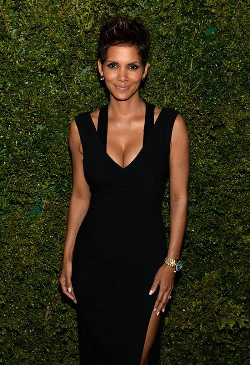 Why Halle Berry Being Pregnant Right Now Scares Me