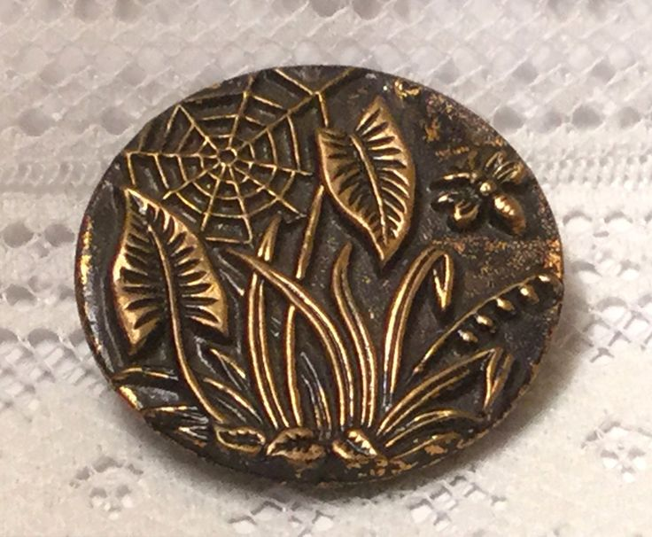 Large Brass Victorian Picture Button with Plants, Spider Web & Bee | eBay