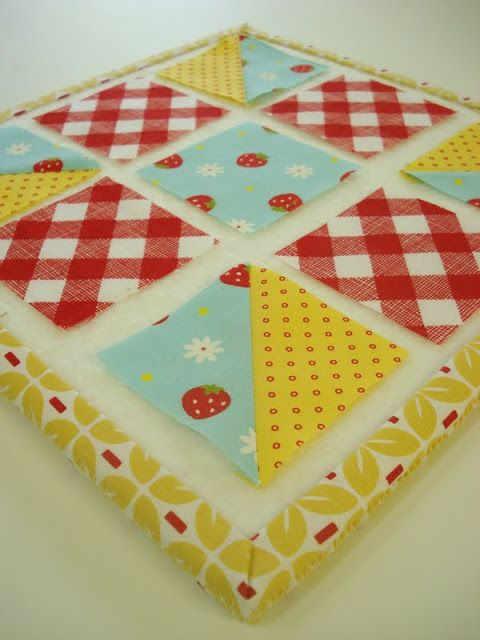 Bee In My Bonnet: Easy Half Square Triangle Tutorial...