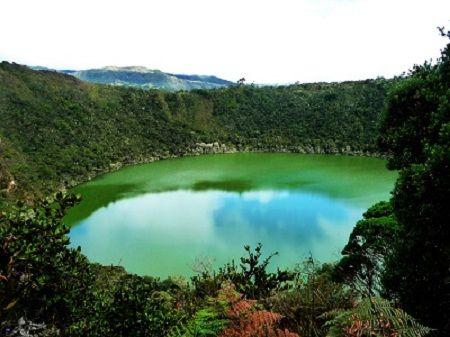 La Lagune de Guatavita, berceau de la légende de l'El Dorado, Cundinamarca, Colombie