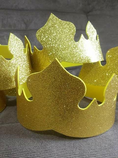 Corona en foami o goma eva