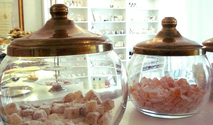 Exzellente türkische Süßigkeiten in der Confiserie Orientale | http://sehenswürdigkeiten-berlin.com/turkische-susigkeiten-in-der-confiserie-orientale/