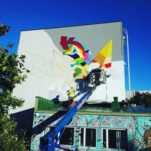 dripit-fi:  Sunnyday! #helsinki #katutaide #muraali #streetart #mural #upea16 #dripit_fi #madcolors @kaos_sthlm @kliveone