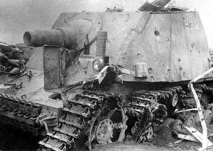 https://flic.kr/p/twMtv4 | Sturmpanzer IV 'Brummbär' | Sturmpanzer IV 'Brummbär' from the 216 Battalion assault tanks (Sturm-Panzer-Abteilung 216) Out of combat