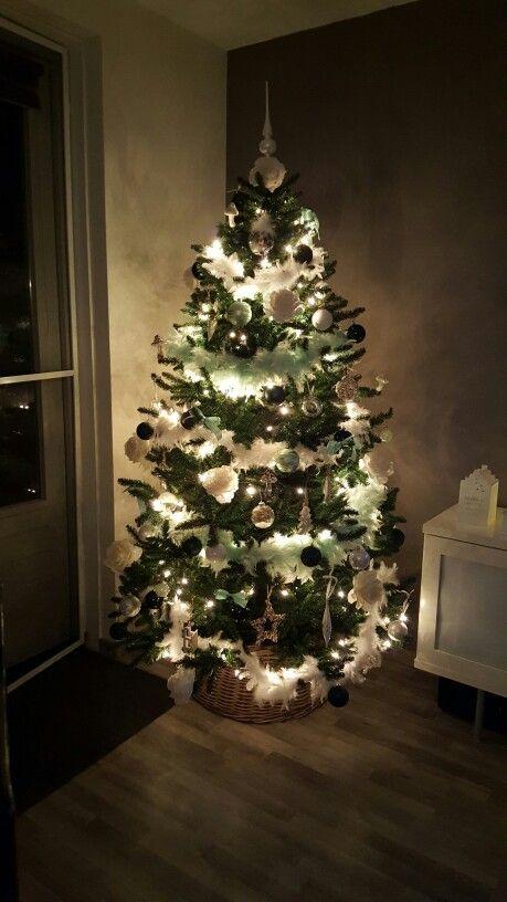 Kerstboom met wit, lichtgroen en donkergroen
