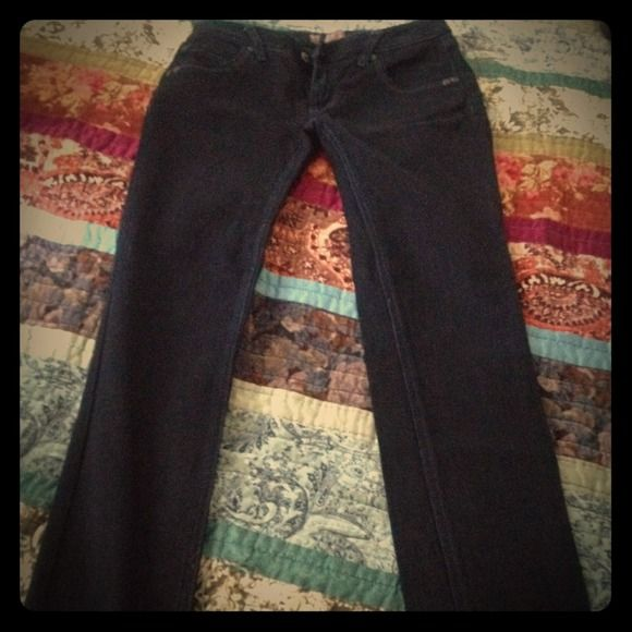 The velvet jean™ skinny jeans This jean fits great, skinny boot, smokey velvet black, bought it in Argentina last year, size 28. Great conditions. mischa Pants