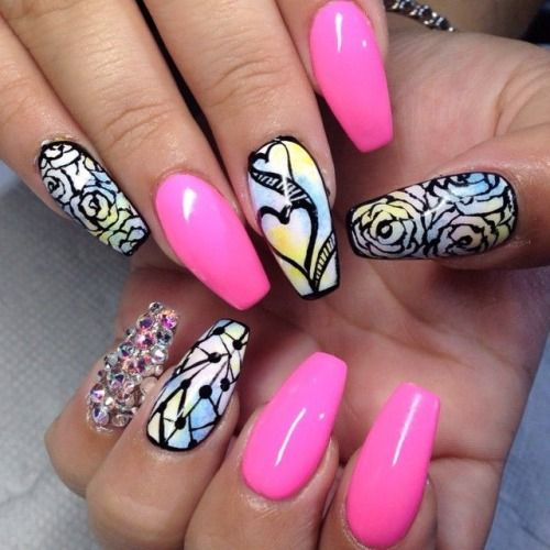 i love cute nail and tatto disigns also many others