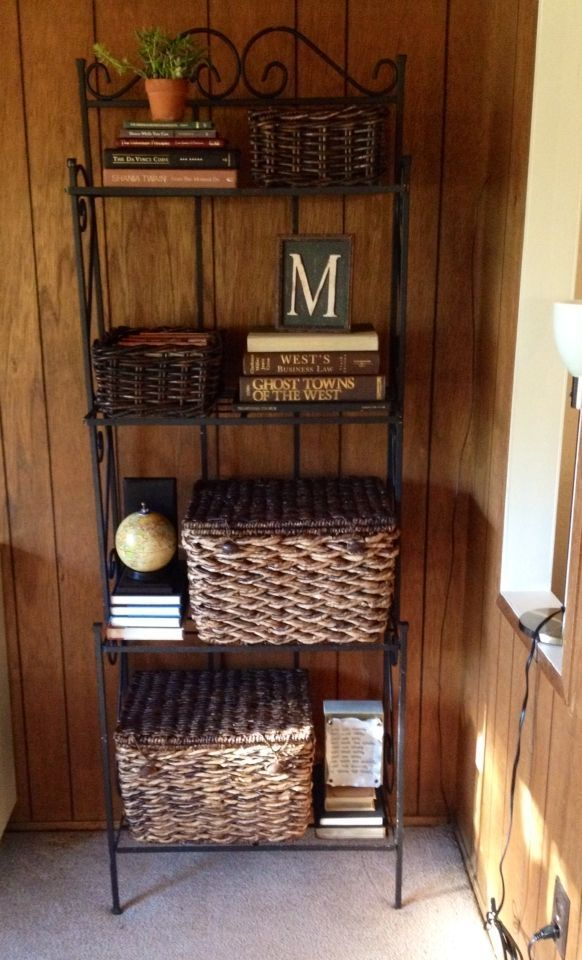 53 Ways To Storing Your Books With Racks Bakers Rack Decorating