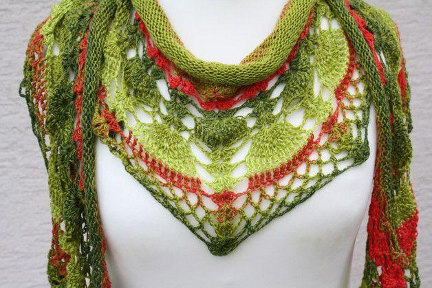 #Mode #Accessoires #Tuch #Merino #gestrickt #gehäkelt #wrap # grün #rot #orange Hier ein Exemplar der Kollektion Tücher: dieses Mal ein besonders edles und elegantes Exemplar aus 100 %...