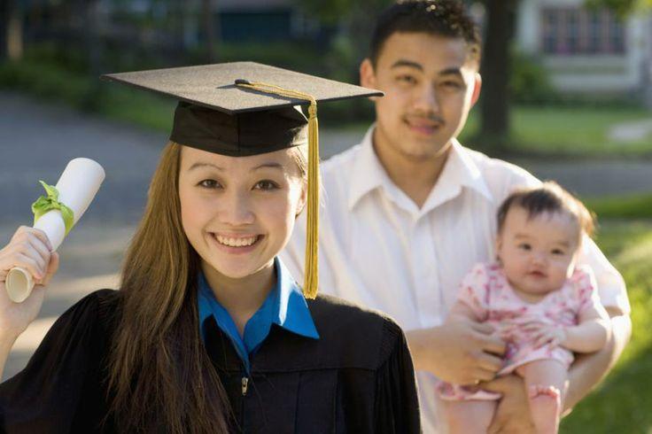 http://berufebilder.de/wp-content/uploads/2014/06/studieren-mit-kind.jpg Checkliste duales Studium mit Kind: Mutterschutz, Auslandsstudium & Finanzierung