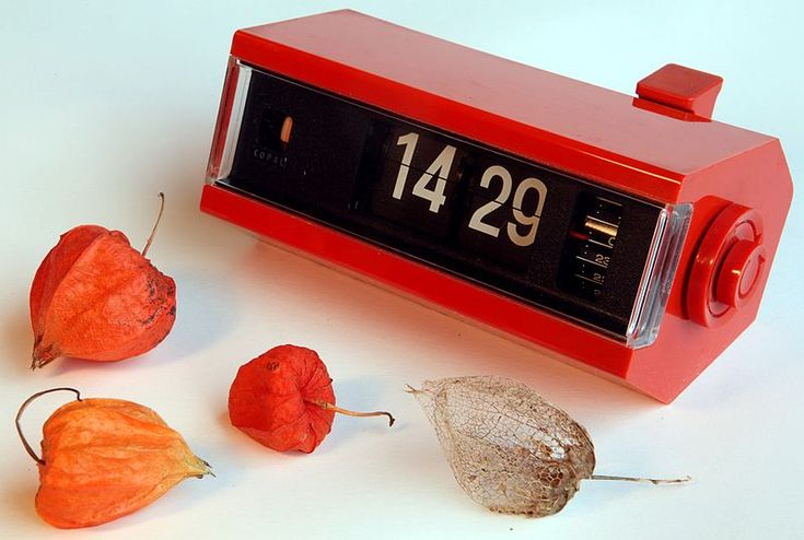 "Who could ever forget the ""Flipping"" sound of these 70's alarm clocks! (Copal Japan 1970s Alarm flip number electric clock)"