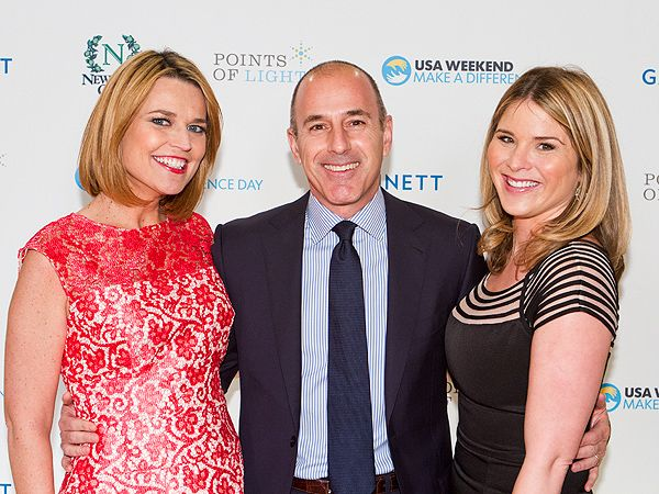 Savannah Guthrie Gets Style Help from Matt Lauer and Jenna Bush Hager http://musicinthewomb.com/content/savannah-guthrie-gets-style-help-from-matt-lauer-and-jenna-bush-hager