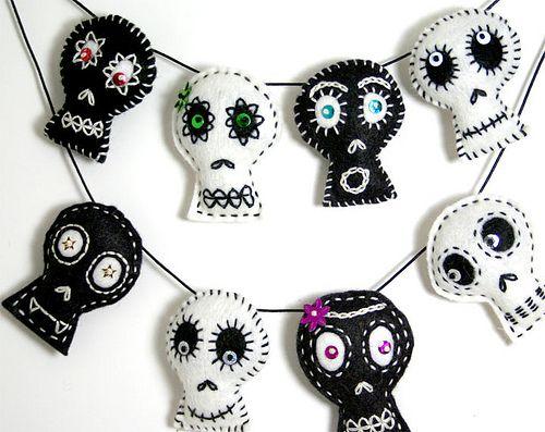 DIY halloween garlands