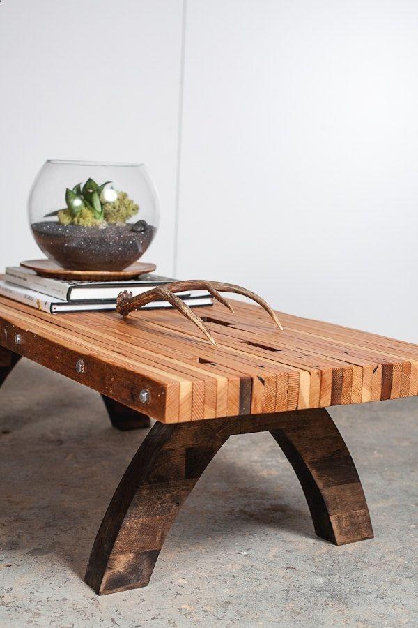 reclaimed wood bolted slab coffee table van PecanWorkshop op Etsy
