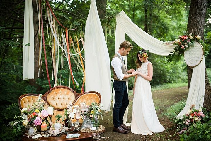 Art Nouveau Wedding Inspiration With a Whimsical and Modern Twist