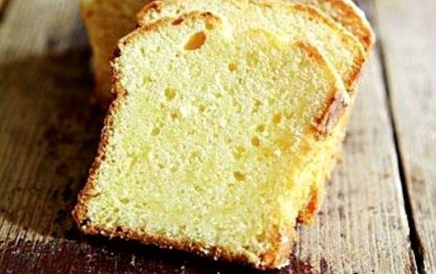 Κέικ με αμύγδαλα και γιαούρτι - iCookGreek